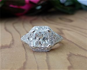 2ct-radiant-cut-platinum-ring-3