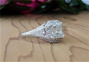 2ct-radiant-cut-platinum-ring-4