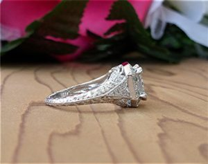 2ct-radiant-cut-platinum-ring-5