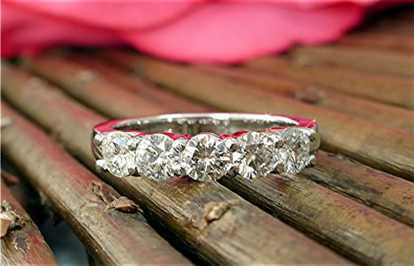 1.75carat five diamond band