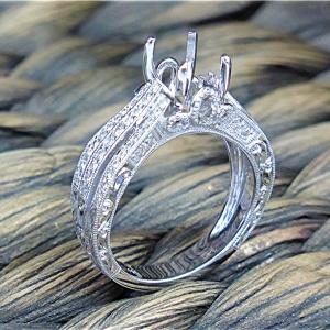 Diamond semi mount for emerald cut center