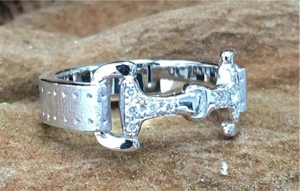 14k gold diamond horse bridle ring