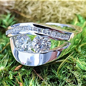 Double center diamond ring