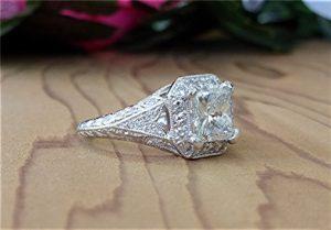 2ct-radiant-cut-platinum-ring-4