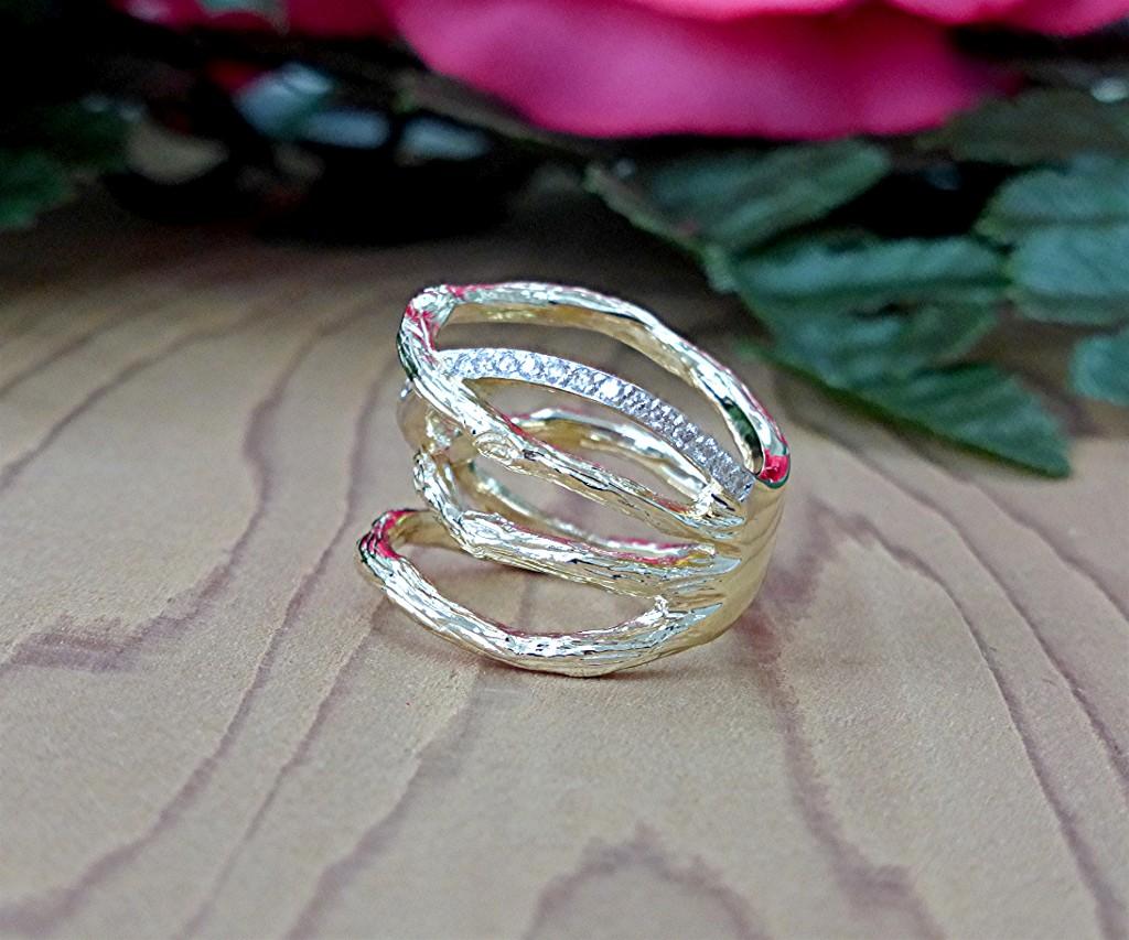 bark ring with one row pave diamond   limpid jewelry