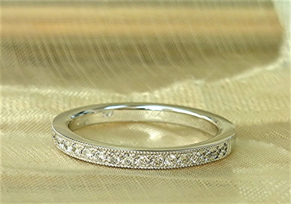One row diamond band