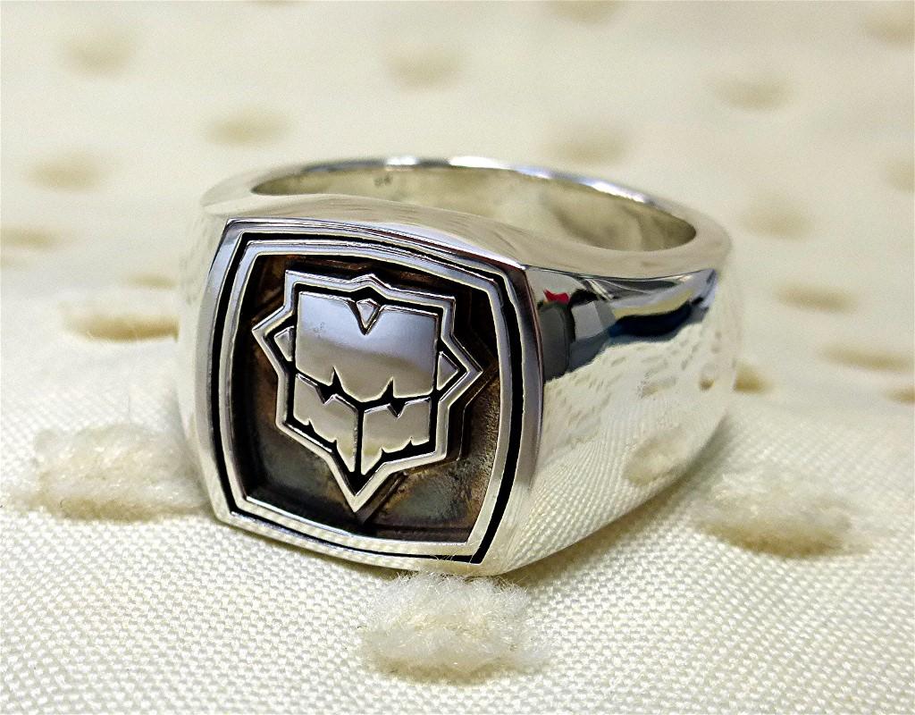 Logo silver ring