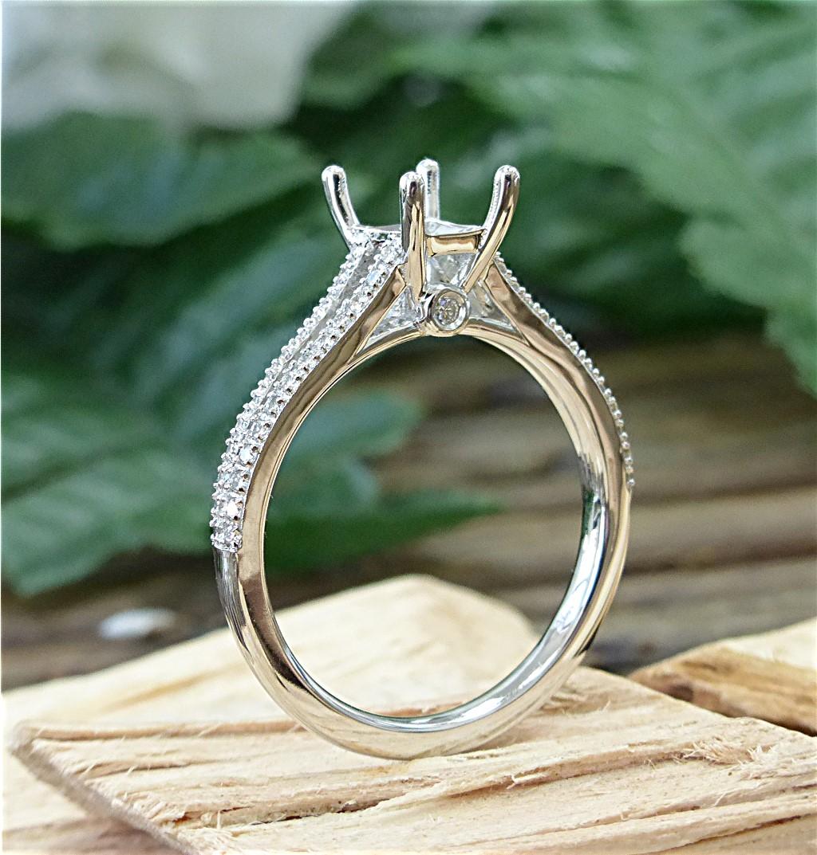 Split shank diamond semi mount