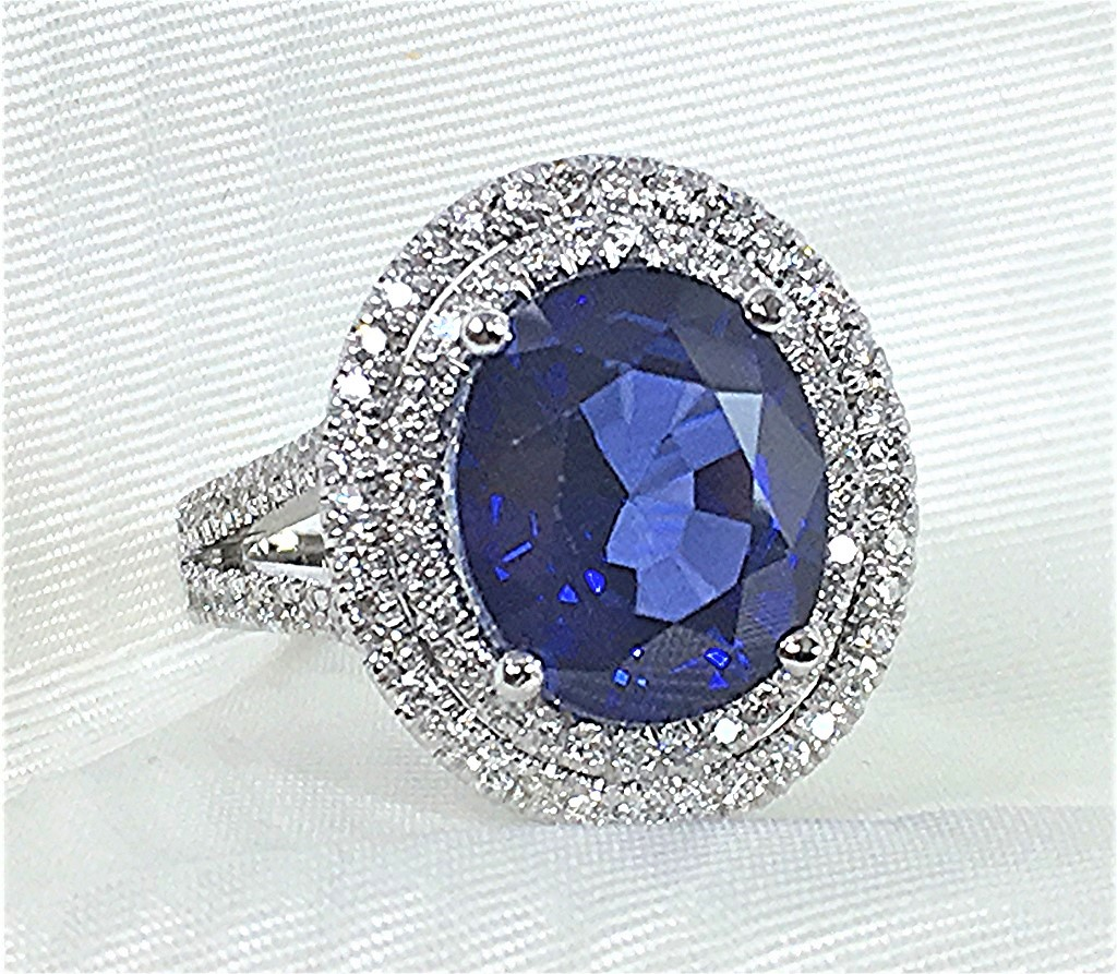 Double halo diamond and sapphire ring