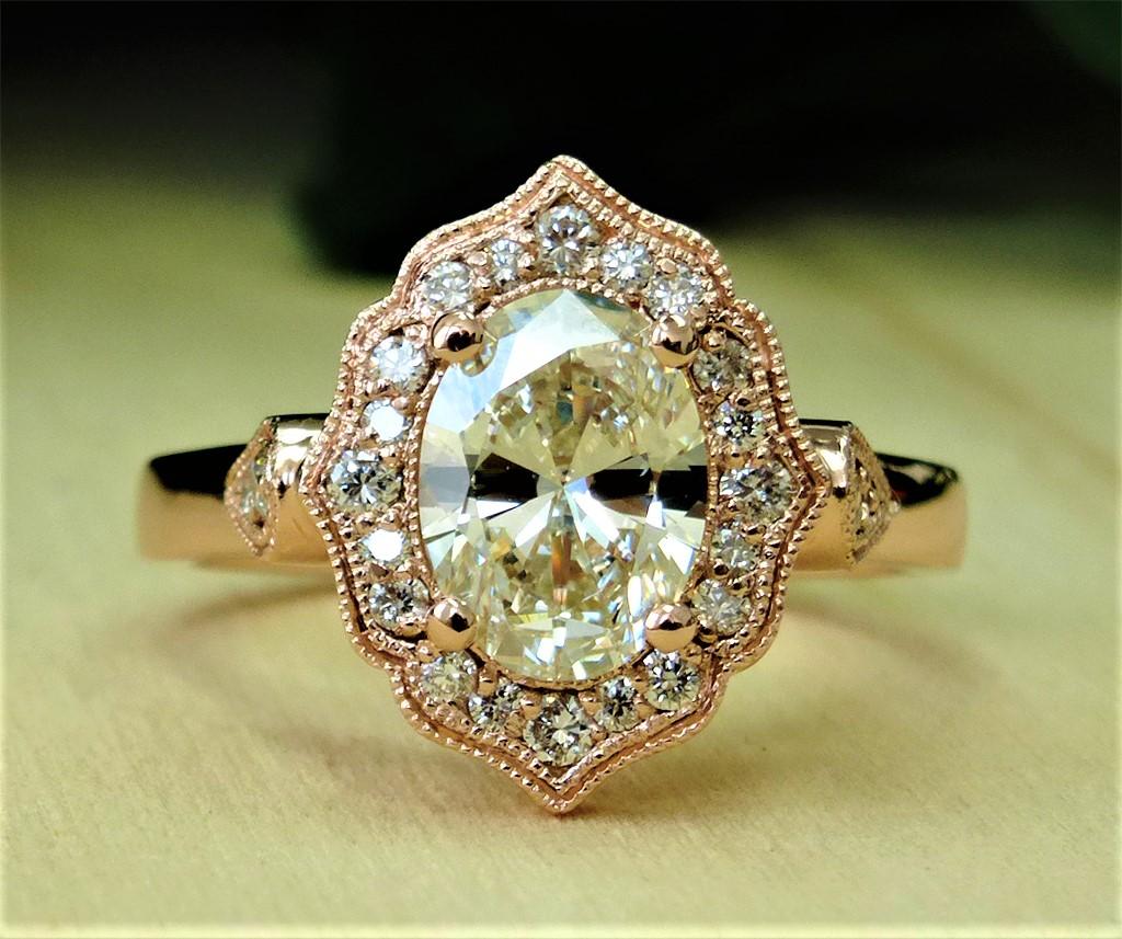 Oval Diamond with Fancy Halo