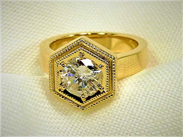 Double hexagon head engagement ring